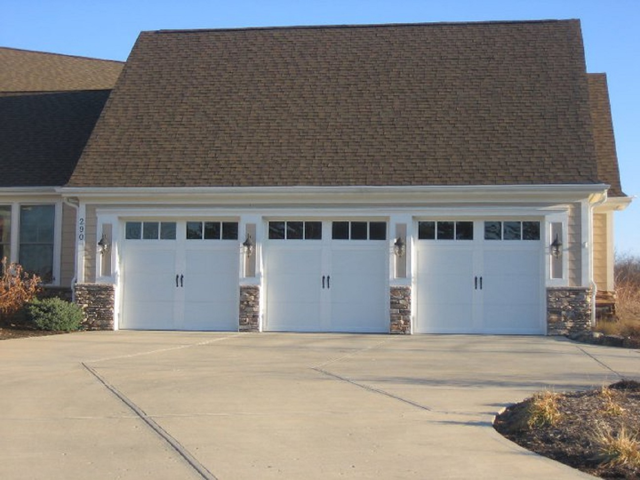 Dayton ohio garage door installation repair 937 444 3667 for Large garage for sale